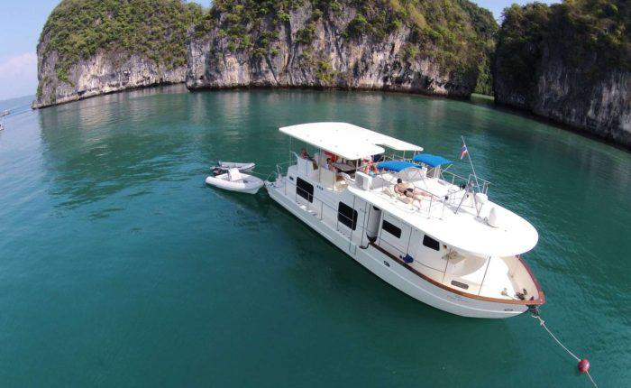 Coastal cruiser 52ft - Phuket Yacht Cruise